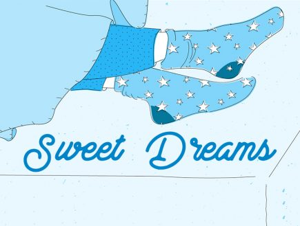 Why you should wear socks to bed. The science of wearing socks while sleeping.